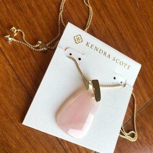 Kendra Scott Maeve Gold Rose Quartz Necklace
